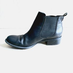 Franco Sarto| Black Leather Chelsie Boots